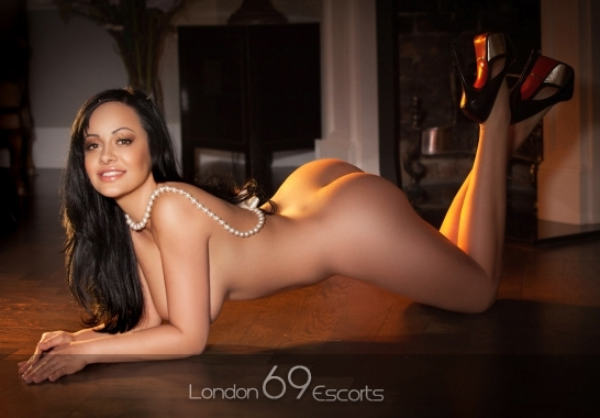 streaming film erotique couple escort paris